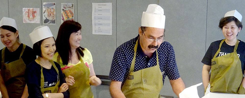 英語で!Cooking Team Building Program